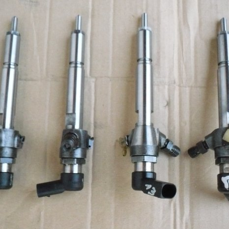Injector Nissan Tiida 1.5 dCi ,106 CP : 8200380253