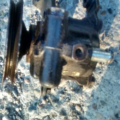 Vand pompa servodirectie opel astra F
