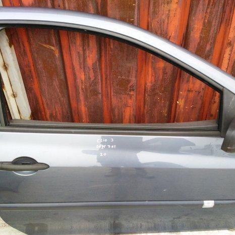 Usa fata Renault Clio 3