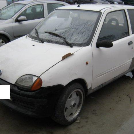 Dezmembrez Fiat Seicento, an 2001