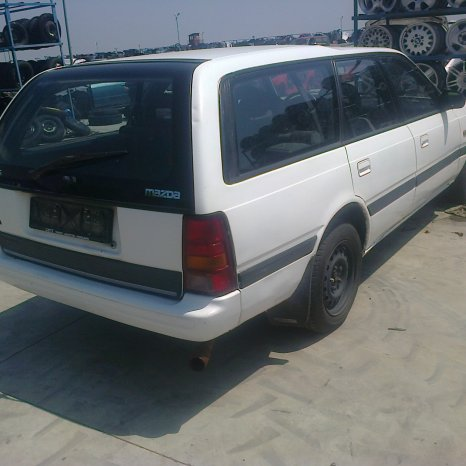 Dezmembrez Mazda 626, an 1989