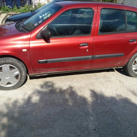 Vand renault clio2 dci an 2004