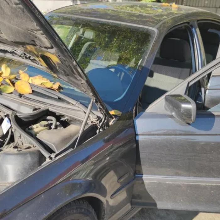 Dezmembrez BMW e46 an 1999 preturi bune