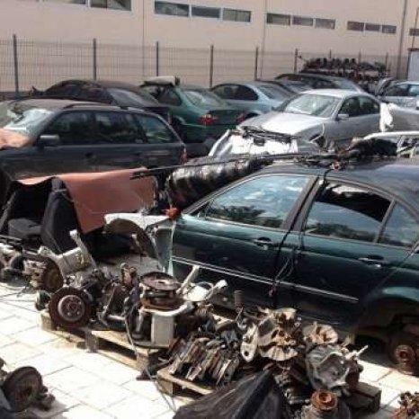 Dezmembrez orice piesa BMW E36 Pisikuta 316 318 320 323 325