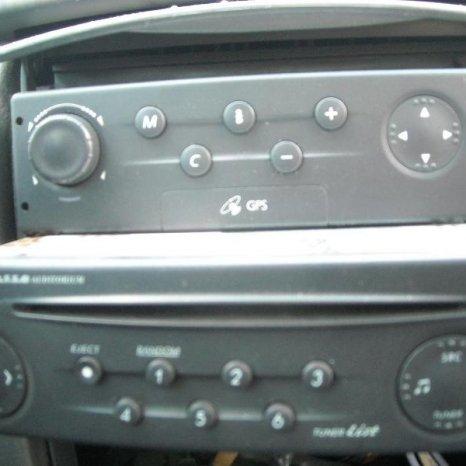 Vand radio-cd Renault Laguna