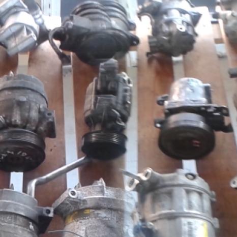 Comercializez gama diversa de Compresoare AC