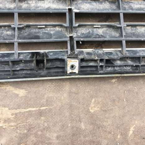 grila radiator mercedes W220