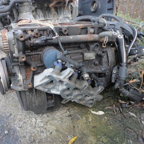 Vindem motor de Renault Megane 1.6 benzina . cod K7M.