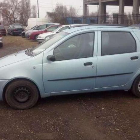 Dezmembrez Fiat Punto, 1. 2 benzina motor
