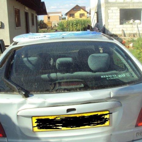 geamuri renault megane hatchback si clasic an 1996-2002