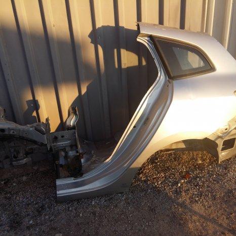 Aripa stanga spate Renault Megane 3 Break , 2009->