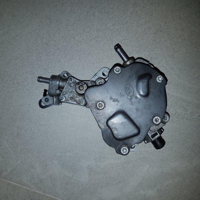 Pompa Motorina tandem VW 1.9 tdi 105 cp cod motor bxe 2008