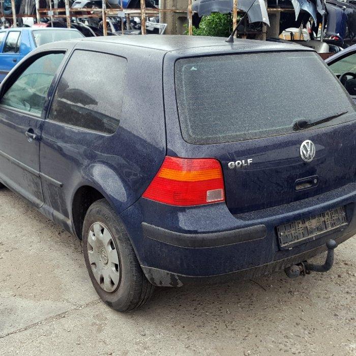 Dezmembrari Volkswagen Golf 4, 1.4S, an 2000