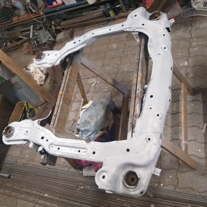 Rama sustinere suport agregate Hyundai Tucson 2.0 crdi, 83 KW, 2004-2005 volan dreapta