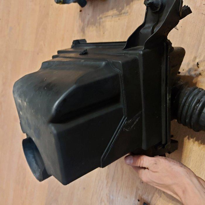 Carcasa filtru aer Ford C-Max 2007 suv 1.6 Diesel