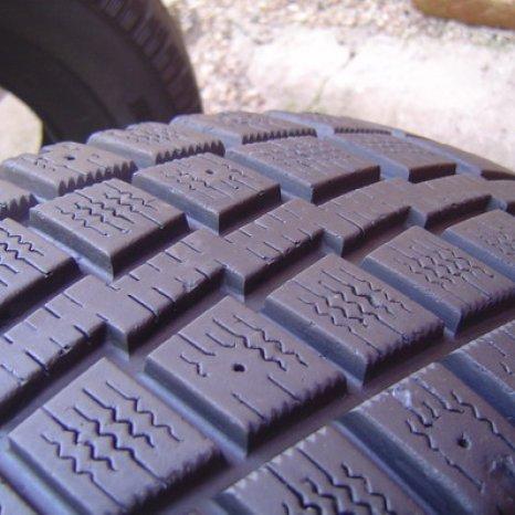 225/75/R16 - set de 4 anvelope de iarna - COOPER