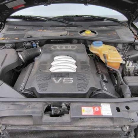 vand capota spate audi a4 motor 2.4 benzina an 1999