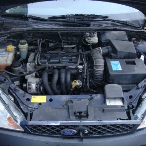 Dezmembrez Ford Focus 1.6 benzina FYDB 2002