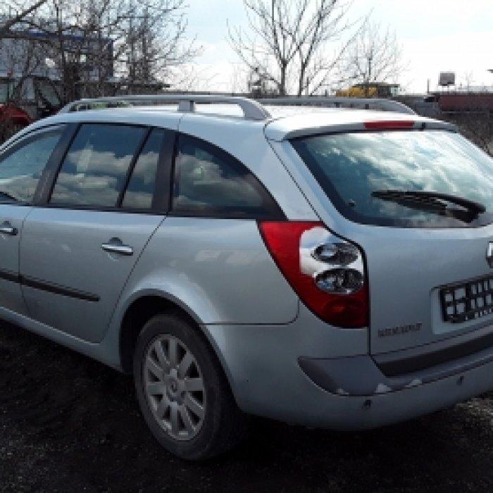 Dezmembrez Renault Laguna II, an 2002, motorizare 1.9 DCI, Diesel, kw 85,