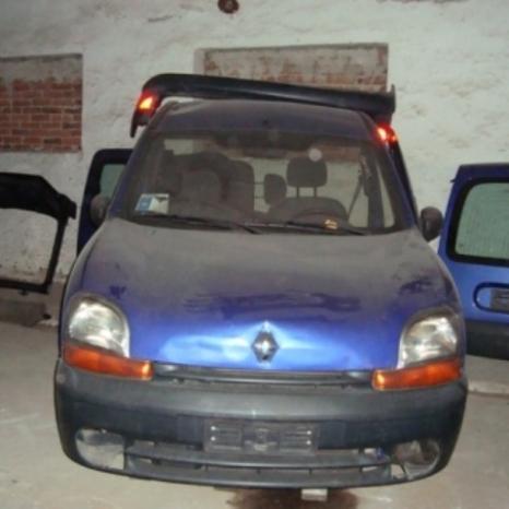 Dezmembrez Renault Kangoo 1.9 D