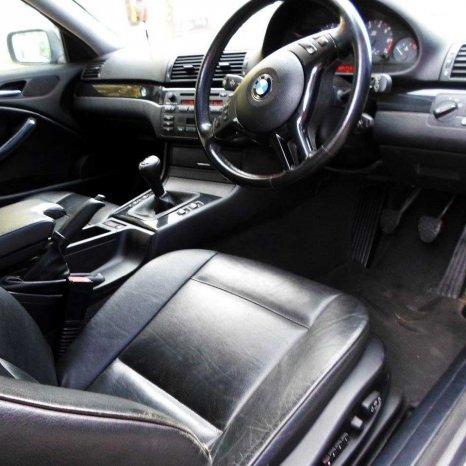 Dezmembrez BMW 318 323 325 Coupe E46