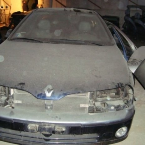 Dezmembrez Renault Laguna 1.9 TDI