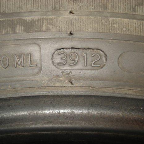 Vand 4 cauciucuri de iarna Nokian 235/60/R18 107V XL(fab.39/12)