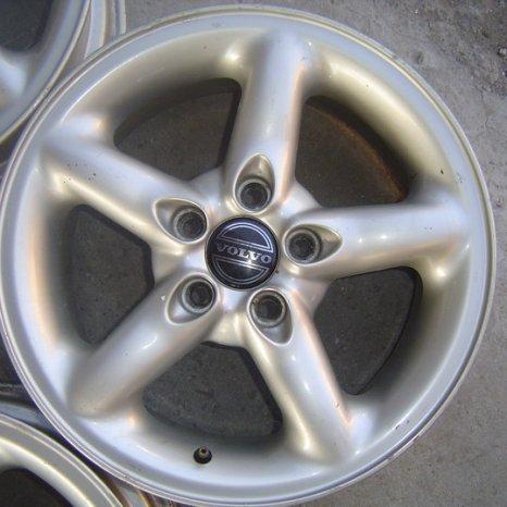 Jenti originale VOLVO-R16-5x108 - Ford Focus, Peugeot 308, etc