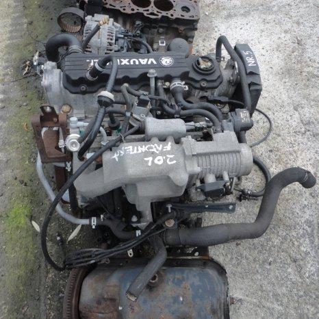 Vindem motor de Opel Frontera 2.0 benzina. Cod motor X20SE