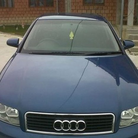 AUDI A 4, an 2002, albastru , diesel