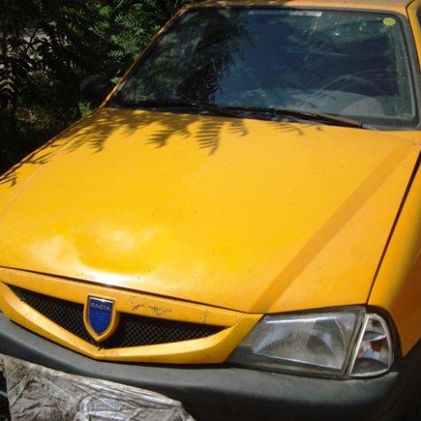 Dezmembram Dacia Solenza