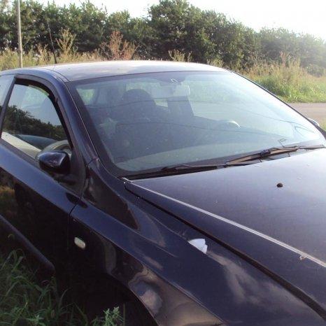 dezmembrez fiat stilo coupe an 2002 motor 1800 cm3,motor defect