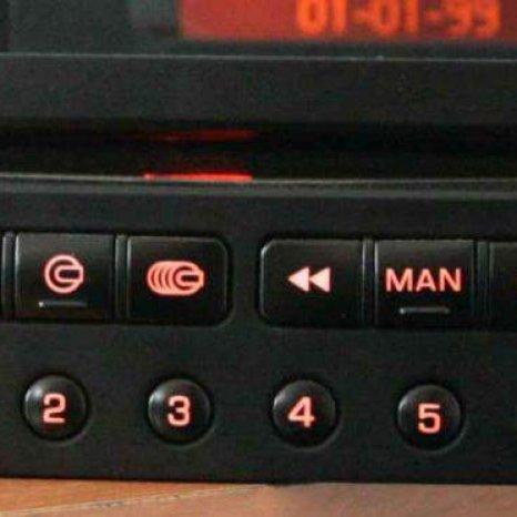 Vand Radio Cd Player Original Peugeot