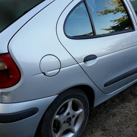 Dezmembrez Renault Megane 1, 1.9 diesel, 2000, caroserie