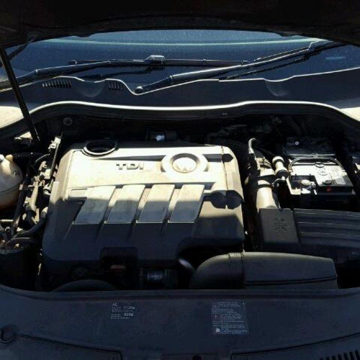 Dezmembrez Vw Passat B6 Motor CBAB 2.0 Tdi an 2008