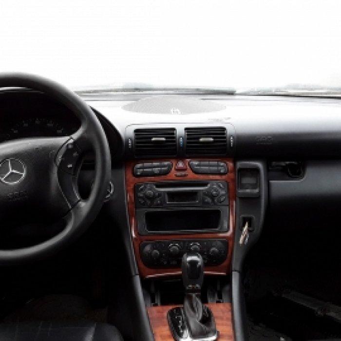 Dezmembrez Mercedes-Benz C-Class W203
