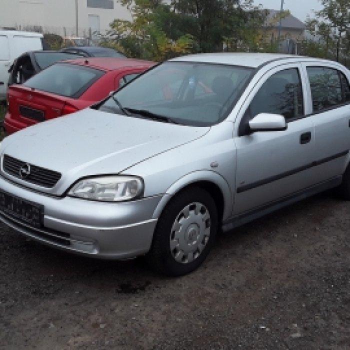 Dezmembrez Opel Astra G, an 2006, motorizare 1.4 16V, Benzina, kw 66