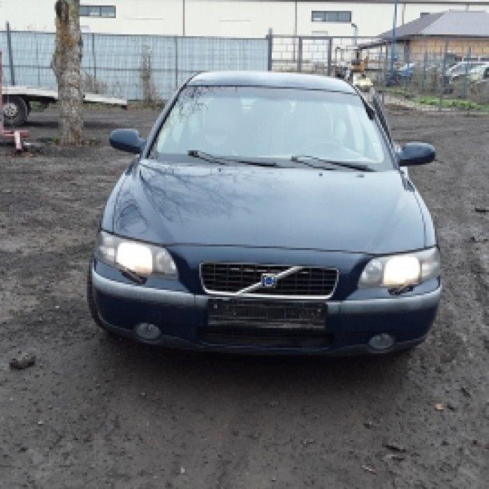 Dezmembrez Volvo, S60 I ,an 2003 , motorizare 2.4
