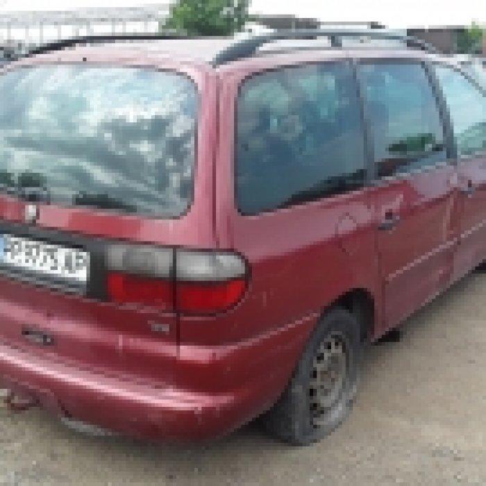 Dezmembrez Volkswagen Sharan, an 2000