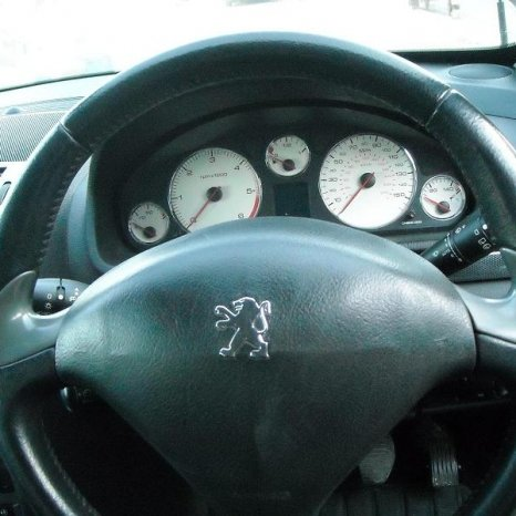Dezmembrez Peugeot 407 SW elemente caroserie