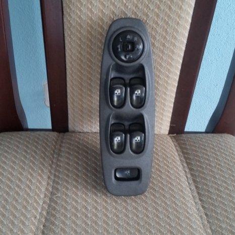 Panou comanda geamuri electrice Hyundai Accent, an 2005