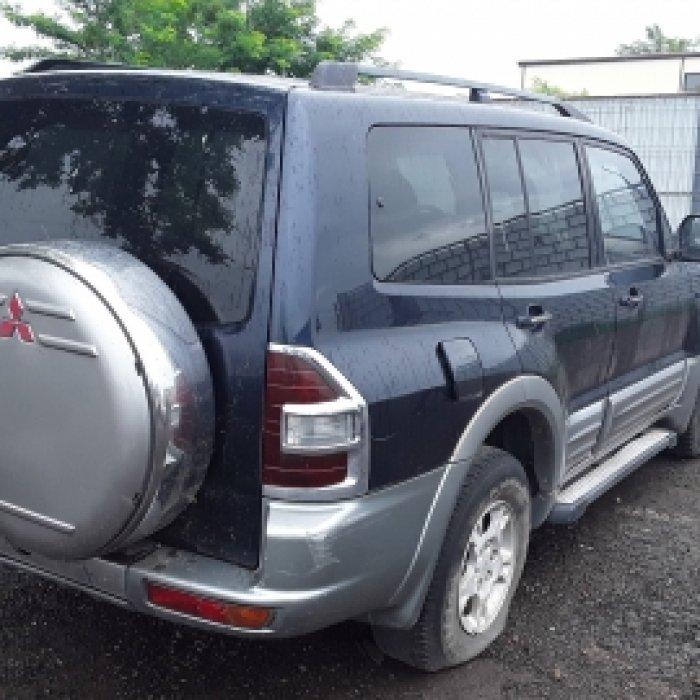 Dezmembrez Mitsubishi Pajero III, an 2006