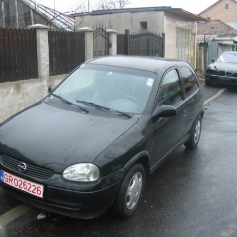 Piese opel corsa b coupe