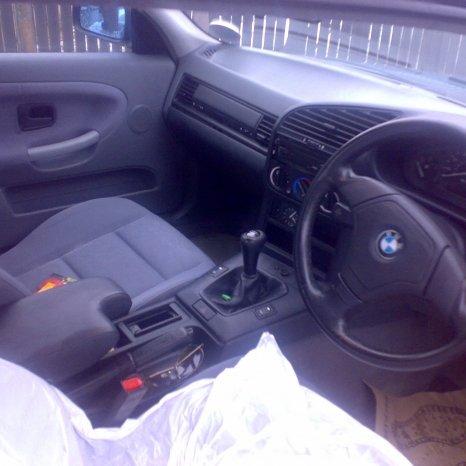 Dezmembrez Urgent Sub Pretul Pietei bmw 316i E36 Coupe