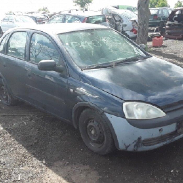 Dezmembrez Opel Corsa C, an 2002, motorizare 1.0