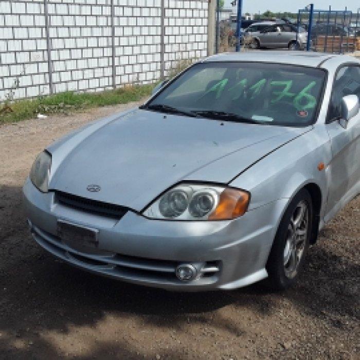 Dezmembrez Hyundai Coupe, an 2002,2.0 16V