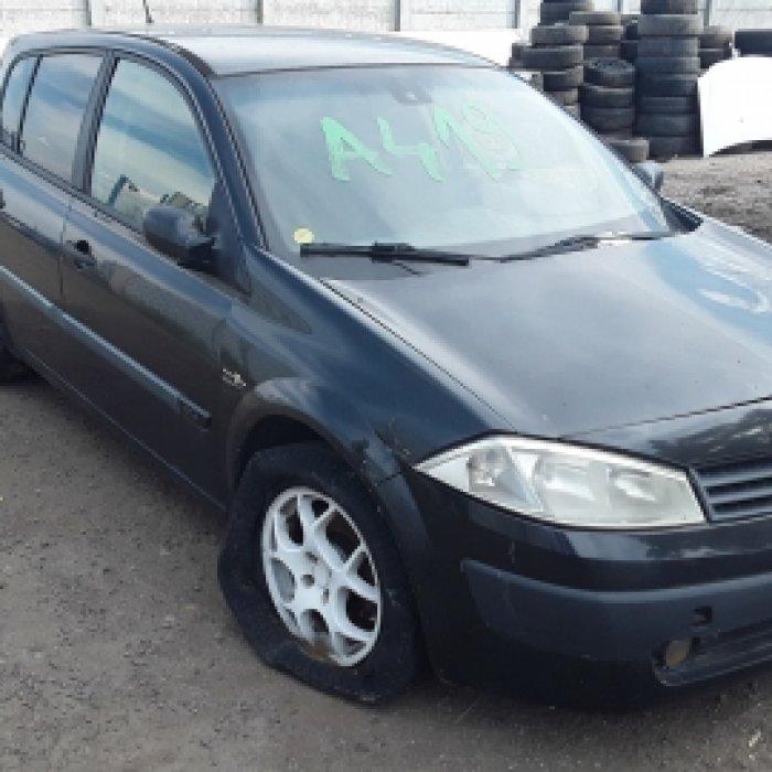Dezmembrez Renault Megane, an 2004,4.5 dci
