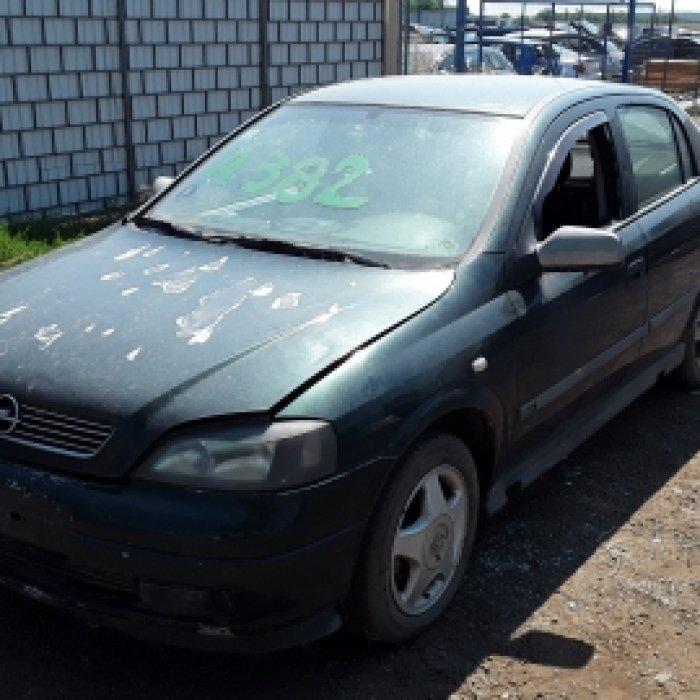 Dezmembrez Opel Astra G, an 2000,1.7 DTI 16V