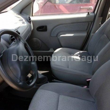 Dezmembrez Dacia Logan, an 2004