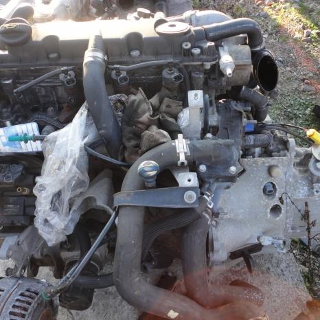 Vindem motor de Peugeot 2.0 HDI Bosch. cod motor RHY.